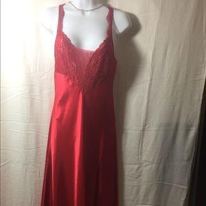 Ladies red Victoria's Secret night gown nylon